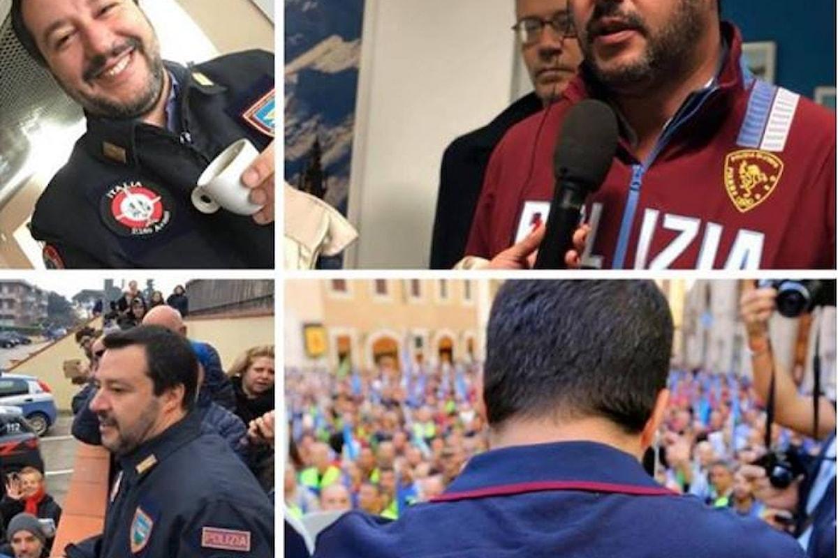 Ma con quale diritto Salvini indossa sempre una divisa? Perché non viene multato?