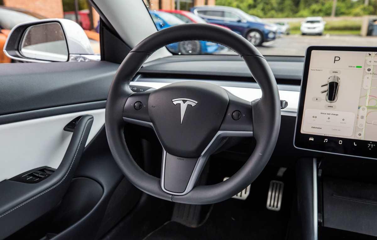 Tesla, la Model 3 non si vende più?