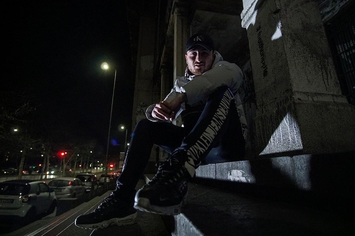 Il nuovo video di Rey Rouge, milanese 24enne che fa trap esplicita