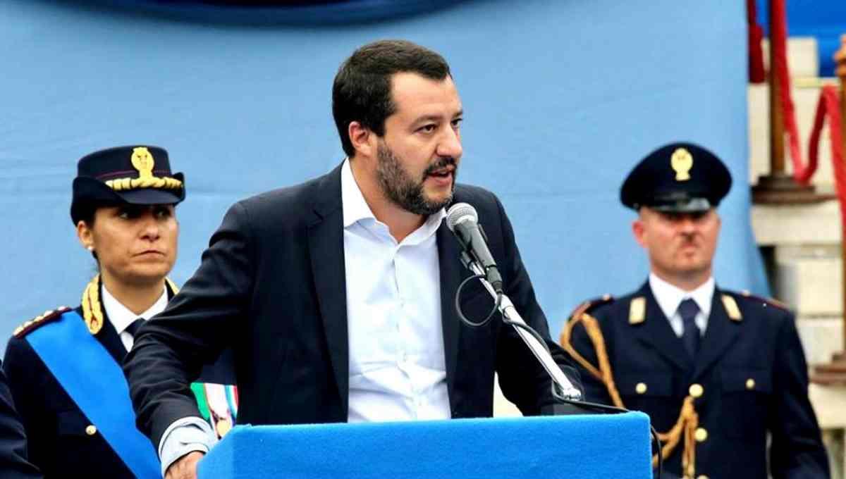 Salvini spiega come e perché non celebrerà il 25 aprile