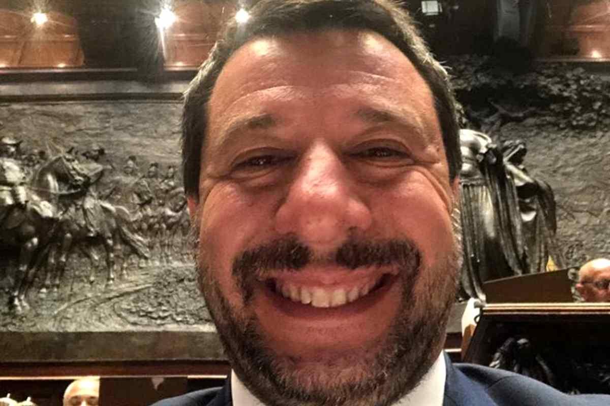 Salvini attacca (di nuovo) l'Ue, Moscovici risponde, Tria e Conte frenano