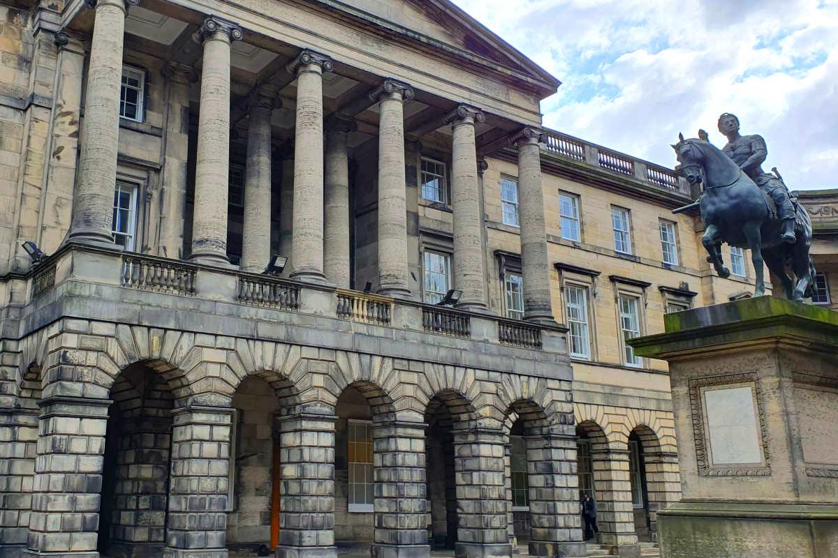 Un tribunale scozzese giudica illegale la chiusura del Parlamento voluta da Johnson