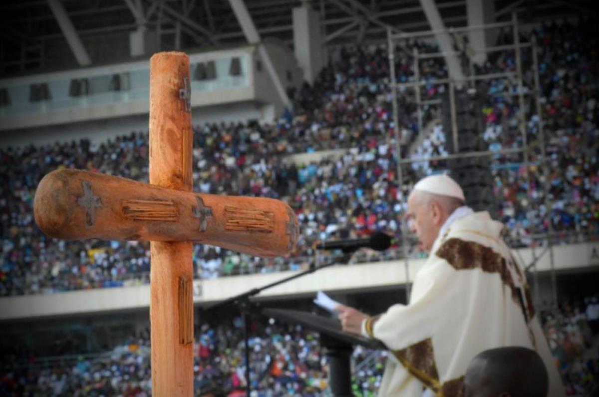 Il Papa in Mozambico: amate i vostri nemici