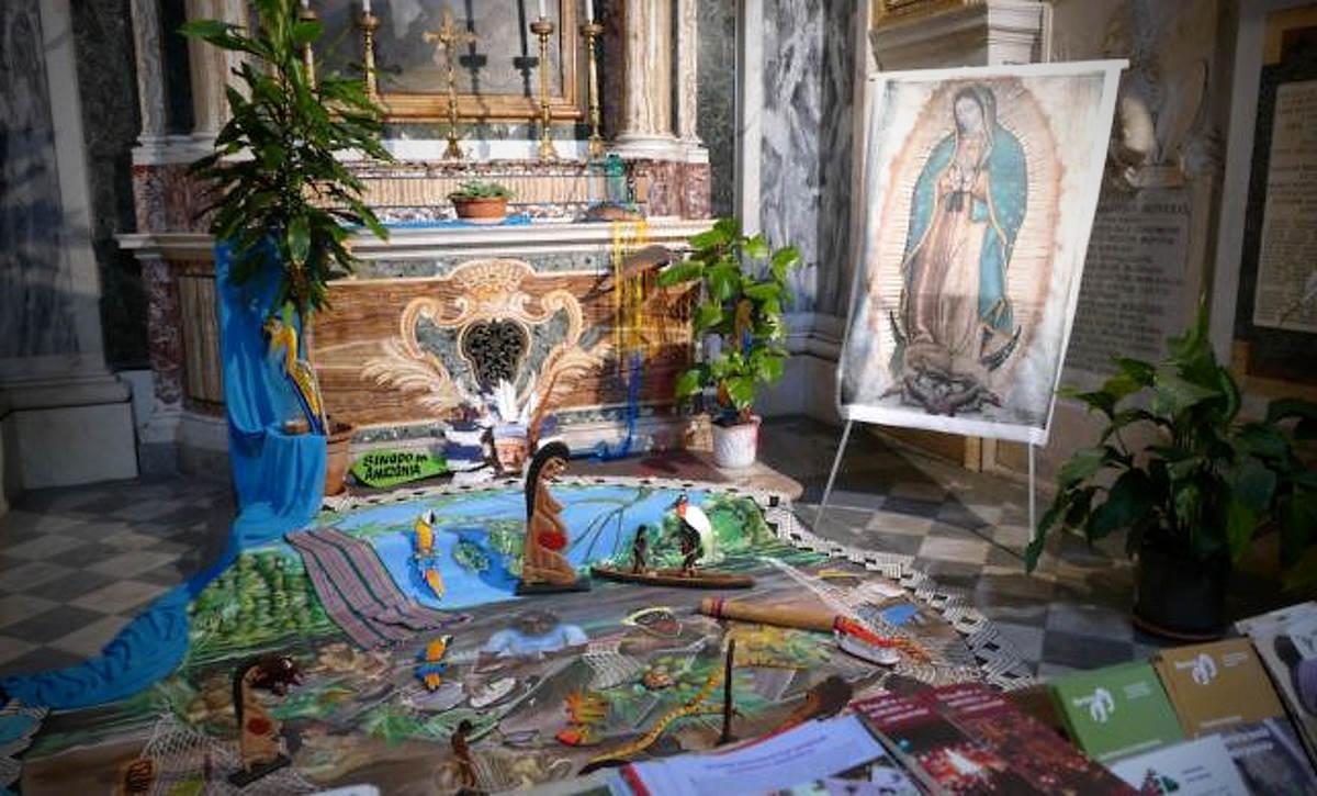 Ultrà cattolici rubano in una chiesa di Roma tre statuette di donne indigene incinte e poi le gettano nel Tevere