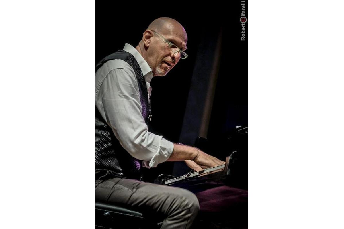 Il pianoforte di Dado Moroni incanta Villa Pagoda