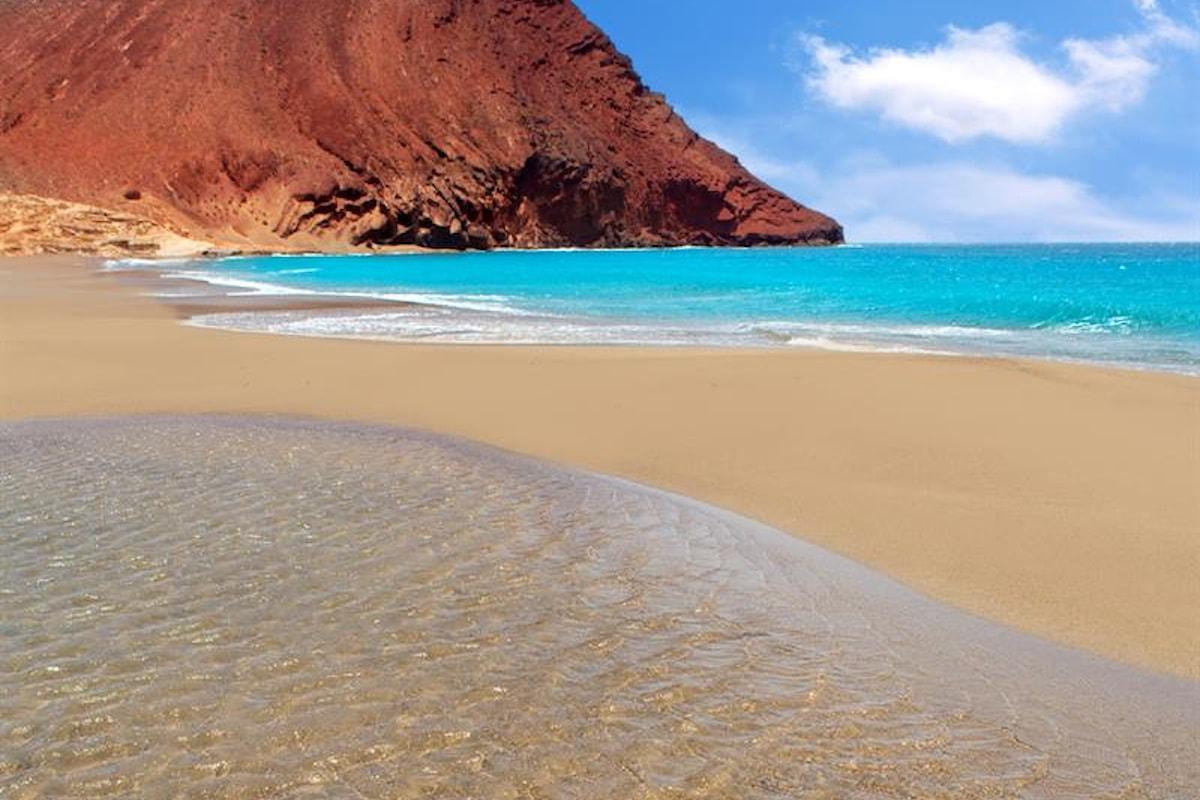 Amore & Viaggi - Piccola storia di ordinario turismo - Infatuazione iberica insulare