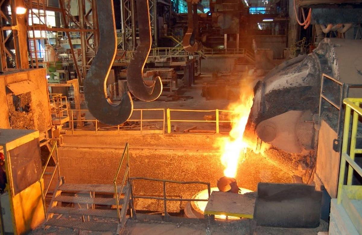 Chiusura Altoforno 2 e nuovo piano industriale, si stringono i tempi per l'ex Ilva