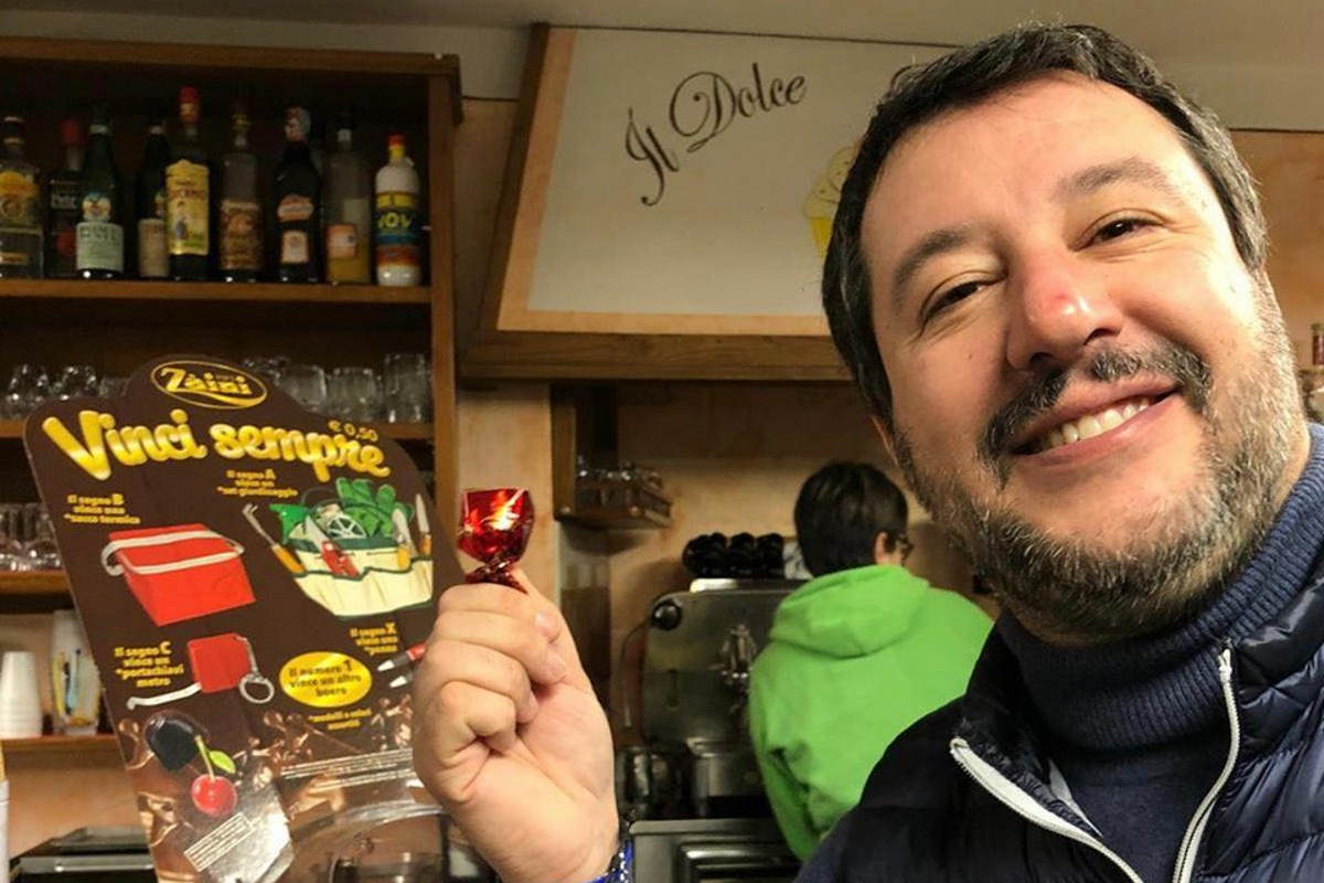 Per 35 voli di Stato Salvini (sarebbe) indagato a Roma