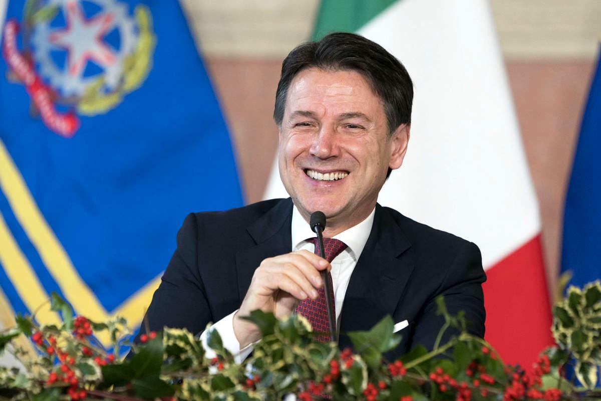 La conferenza stampa di fine anno di Conte fa infuriare Salvini