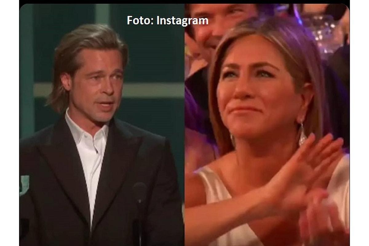 Brad Pitt e Jennifer Aniston: le foto insieme ai SAG Awards