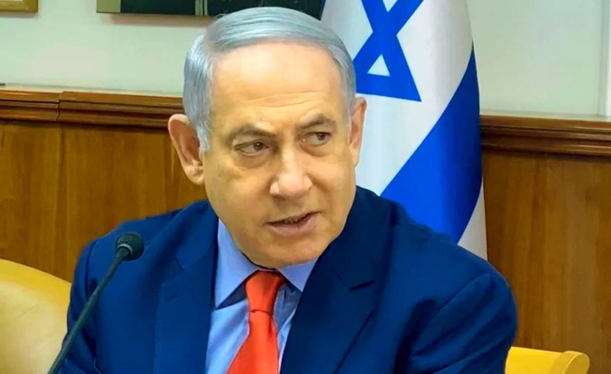 Israele, il premier Netanyahu sarà processato per corruzione