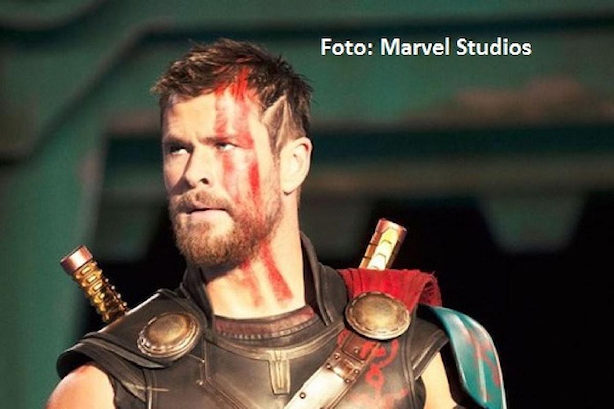 Chris Hemsworth dona 1 milione di dollari per aiutare l'Australia a combattere gli incendi