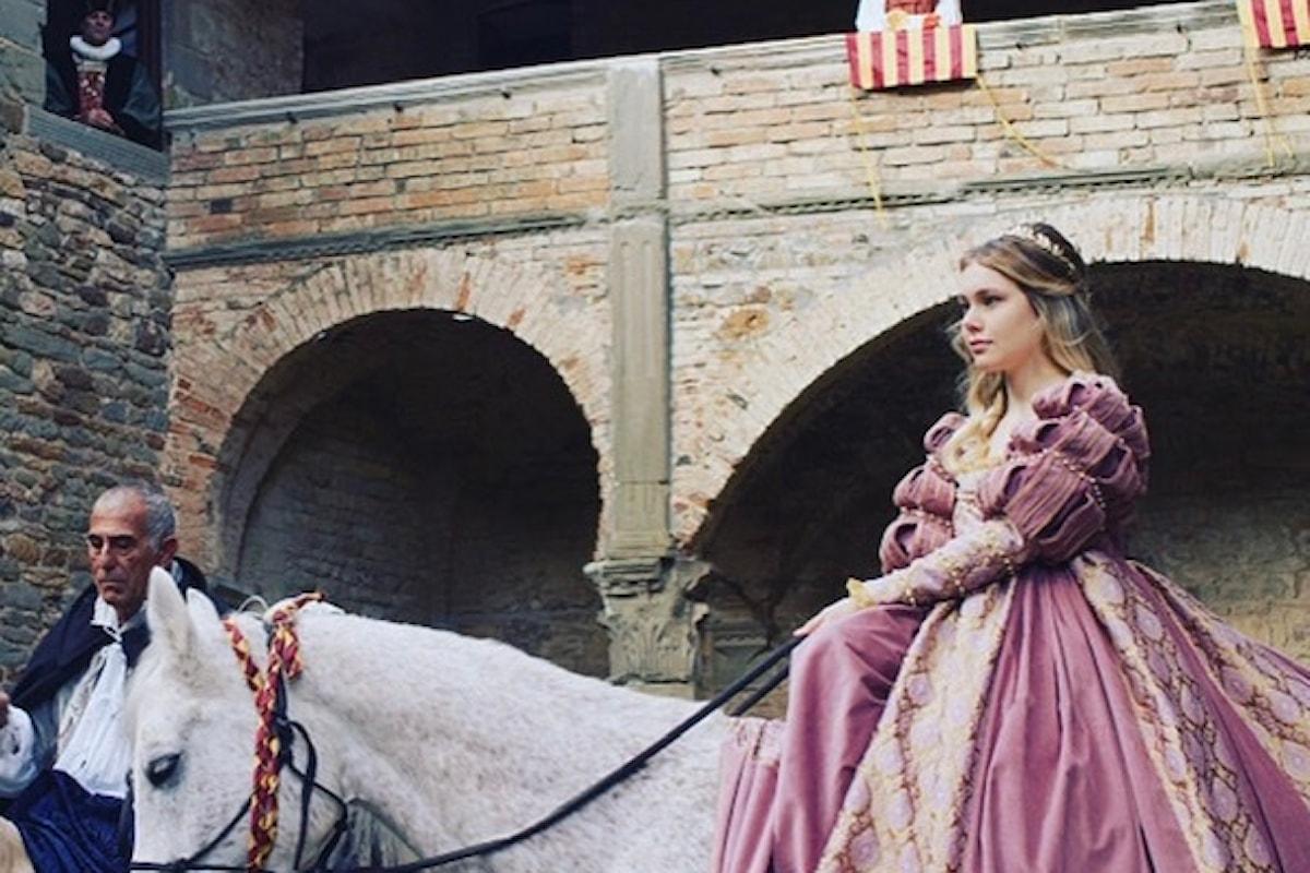 'La Gioconda' fra Netflix, Isabella d'Aragona, Jasmine Carrisi e star di Hollywood
