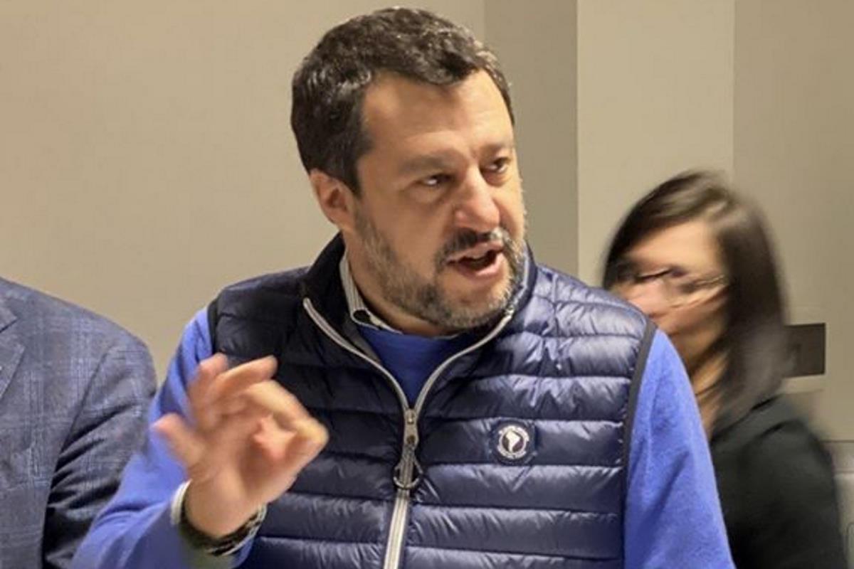 Coronavirus, Mattarella: tutti (ma proprio tutti) ritrovino unità e spirito di collaborazione. Invece, Salvini...
