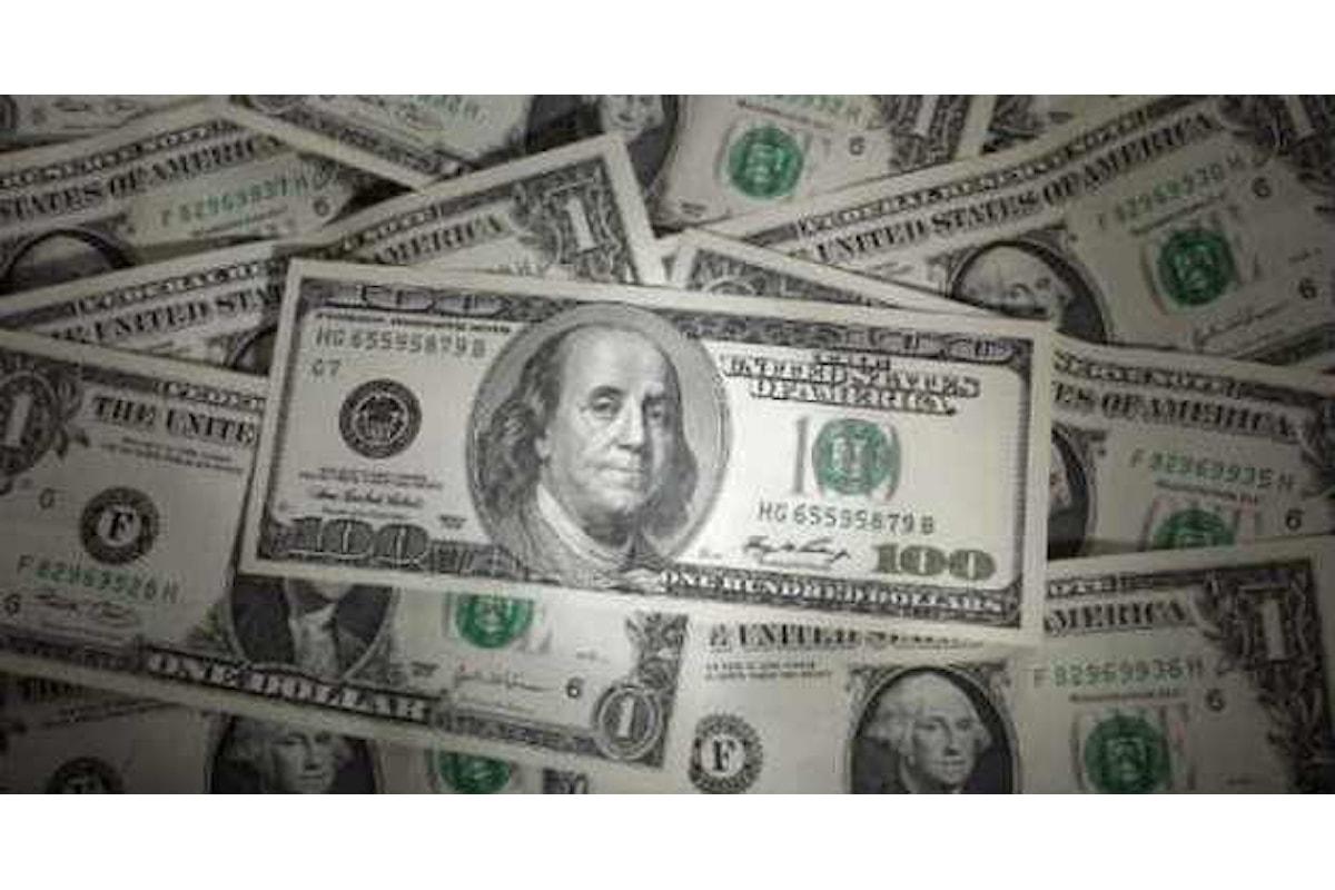 Valute, il dollaro resta tonico dopo i dati macro deludenti