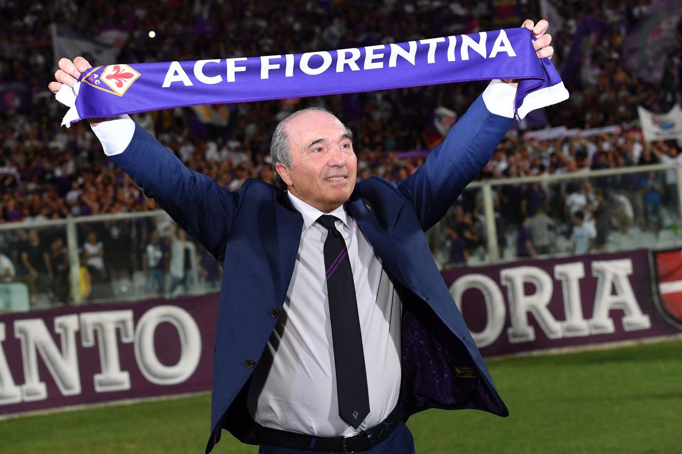 La Fiorentina si tinge d'azzurro, con un tris d'assi