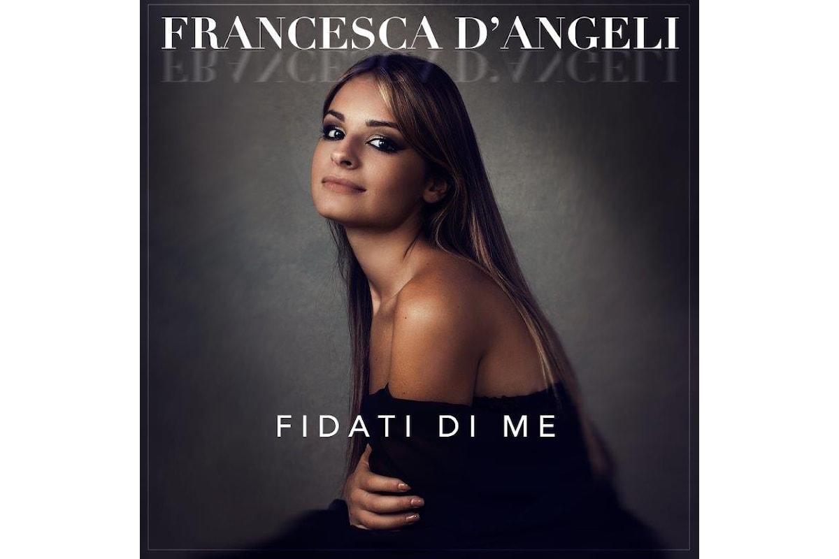 Francesca D'Angeli torna con un nuovo singolo