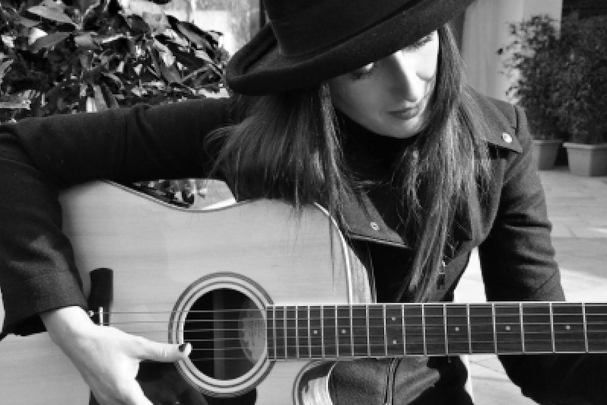 ... LA MIA MUSICA NASCE DALLA PANCIA, DAL CUORE e DALL'ISTINTO... - Intervista alla cantautrice milanese GEORGETTE ARTWOOD