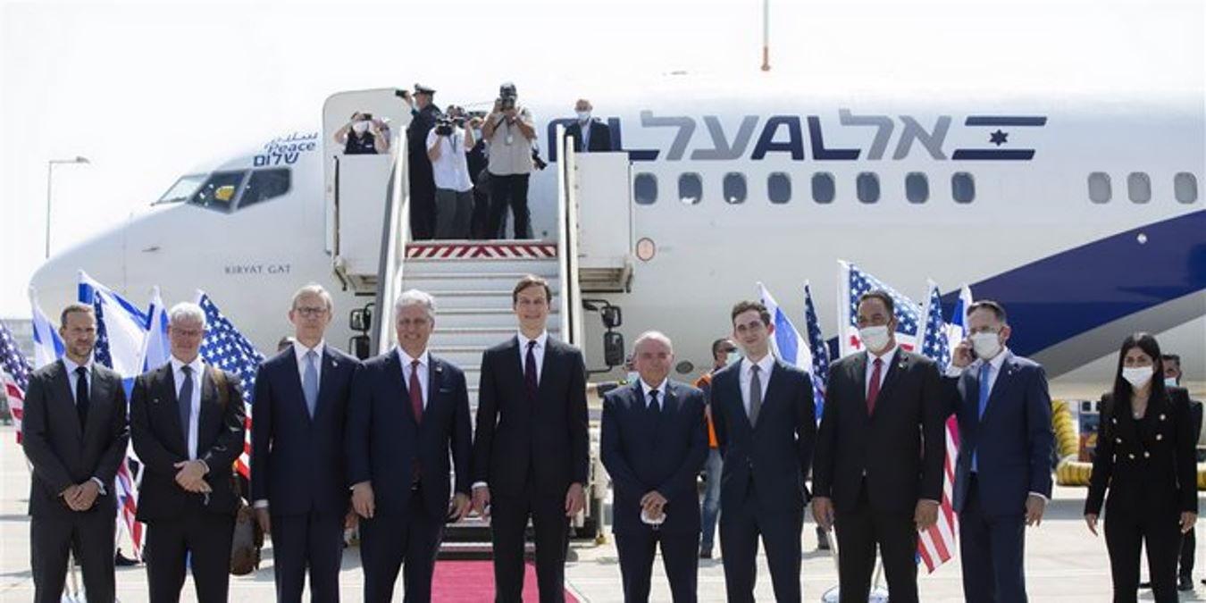 È partito da Tel Aviv il primo volo commerciale israeliano per Abu Dhabi che ha attraversato l'intero spazio aereo saudita