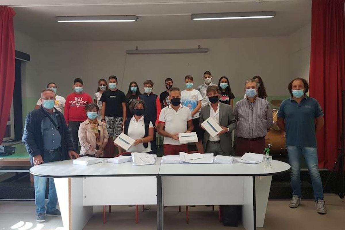 Consegnati all'Istituto Comprensivo di Petralia Soprana i tablet inviati dal Ministro Provenzano all'Unione delle Madonie