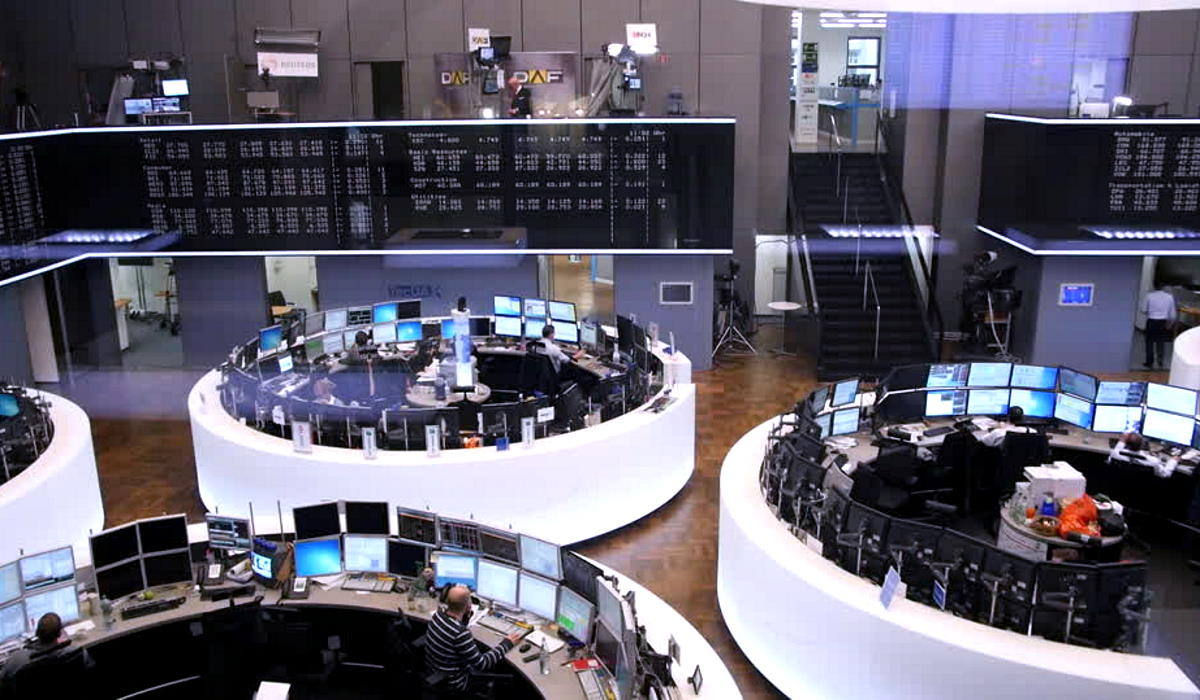 La pandemia torna a far paura anche in Europa e lunedì tutte le borse del Continente crollano per paura di nuovi lockdown