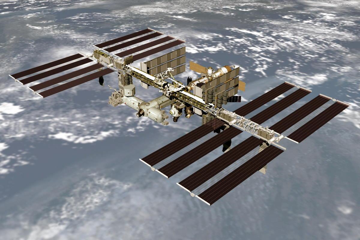 La stazione spaziale internazionale spostata dalla propria orbita per evitare possibili collisioni con dei detriti