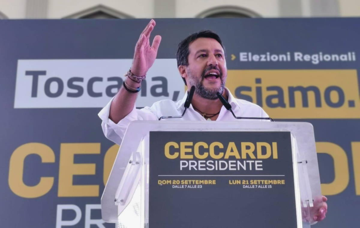 I due mondi di Matteo Salvini ovvero la realtà conveniente del segretario leghista