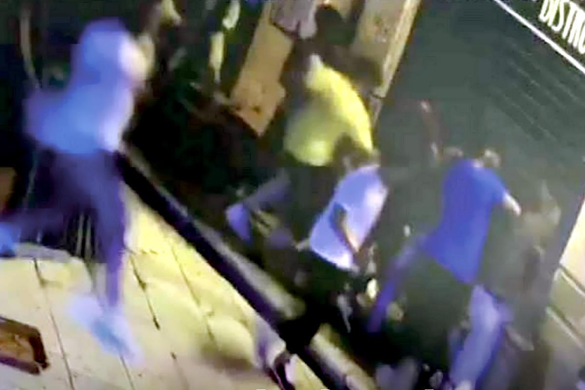 Arrestati a Marsala tre dei componenti di una squadraccia che compiva raid contro persone di colore