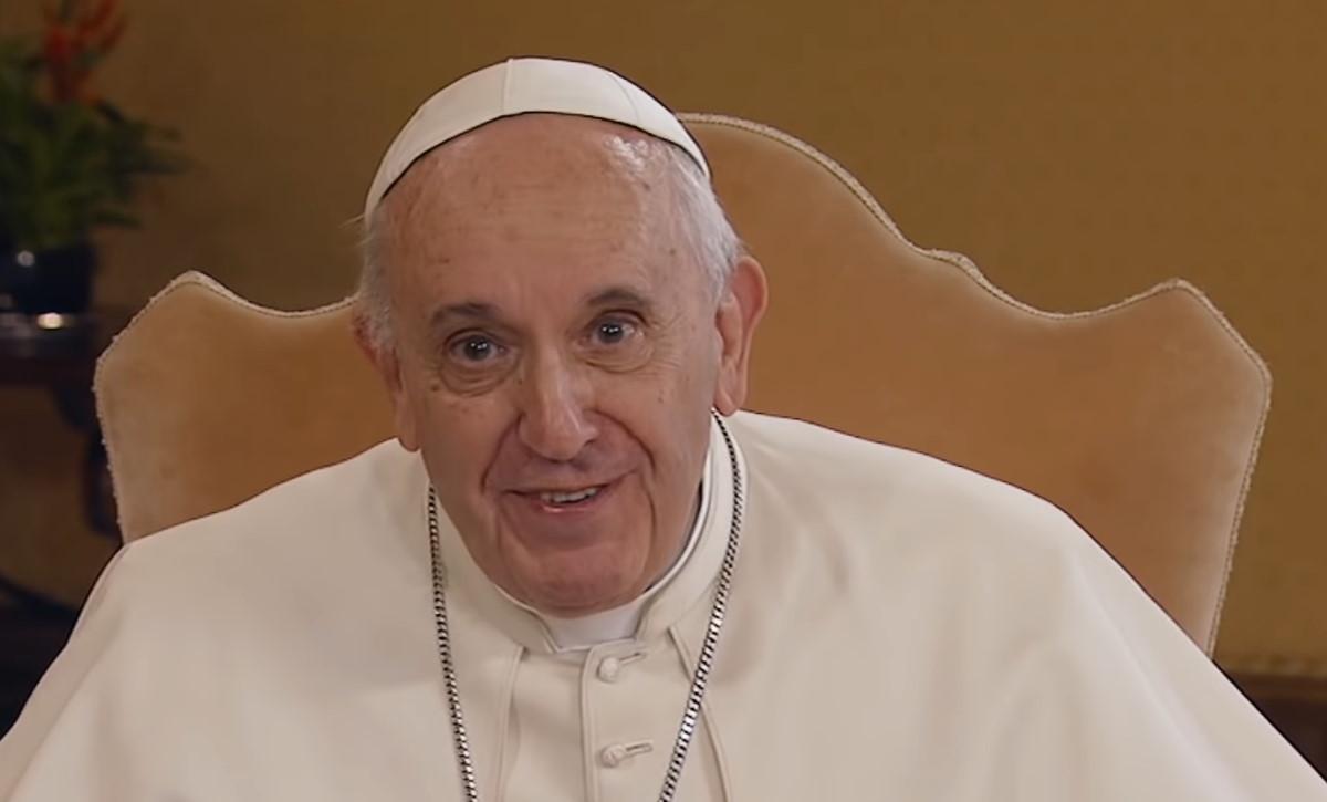 Nel docufilm Francesco, il Papa promuove le unioni civili per le coppie gay