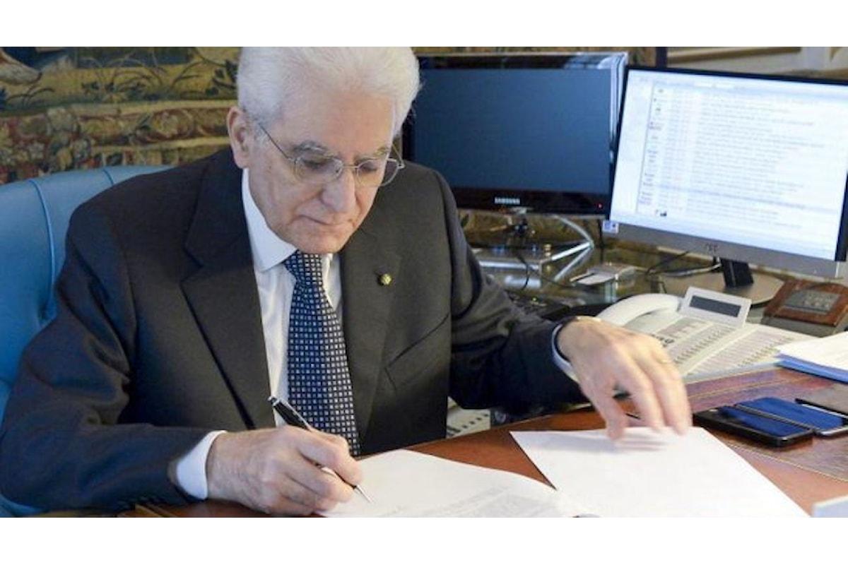 Mattarella firma il decreto con le misure anti-Covid fino al 15 gennaio, ma il ritorno a scuola sarà in ordine sparso