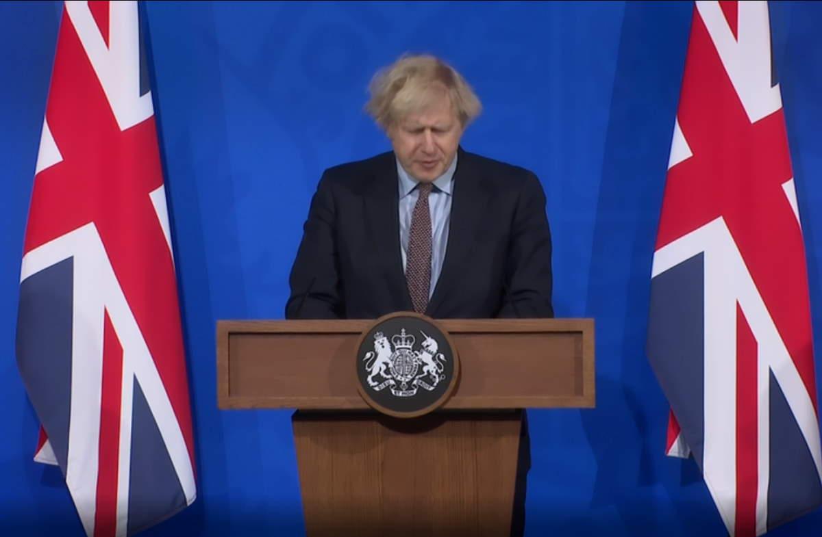 Covid, l'Europa guarda con invidia la Gran Bretagna che però non ritiene di esser fuori dal pericolo di una nuova ondata di contagi