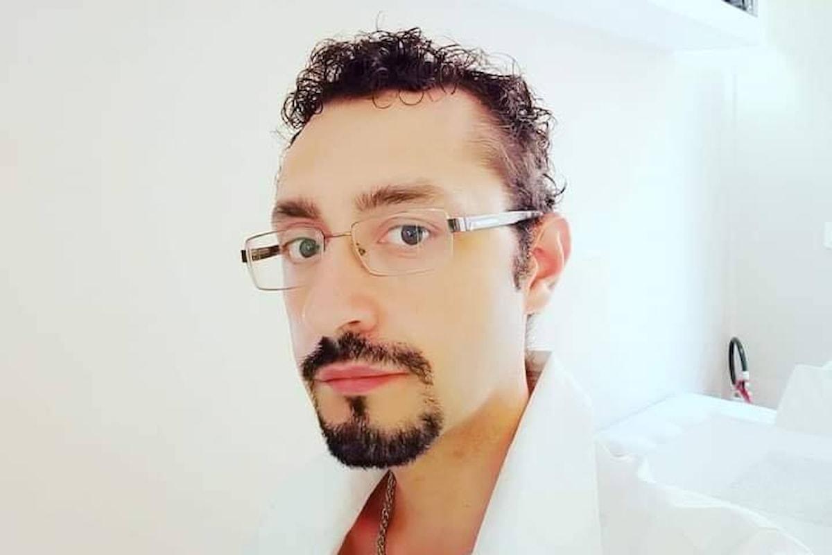Mario Contino, lo scrittore del mistero che divulga il folklore italiano.