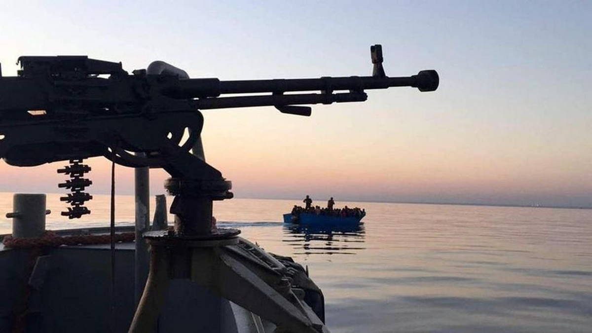 L'Italia finanzia la Guardia Costiera libica che giovedì ha mitragliato dei pescherecci italiani