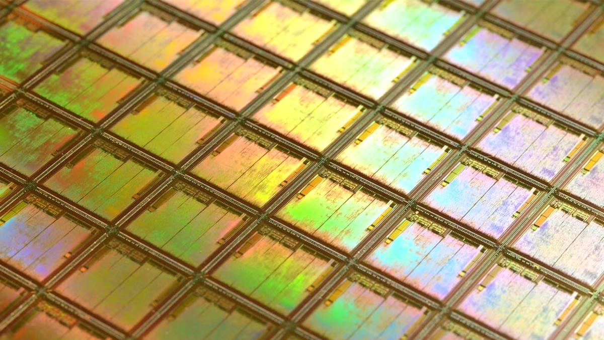 IBM realizza un chip da 2nm: in futuro più efficienza e meno consumi per computer, tablet, smartphone...