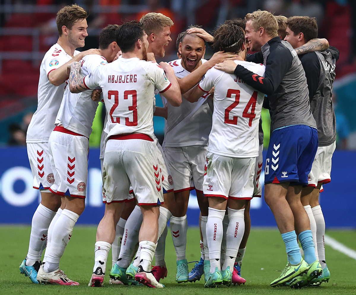 Euro 2020, la Danimarca batte 4-0 il Galles ed è la prima squadra a qualificarsi ai quarti