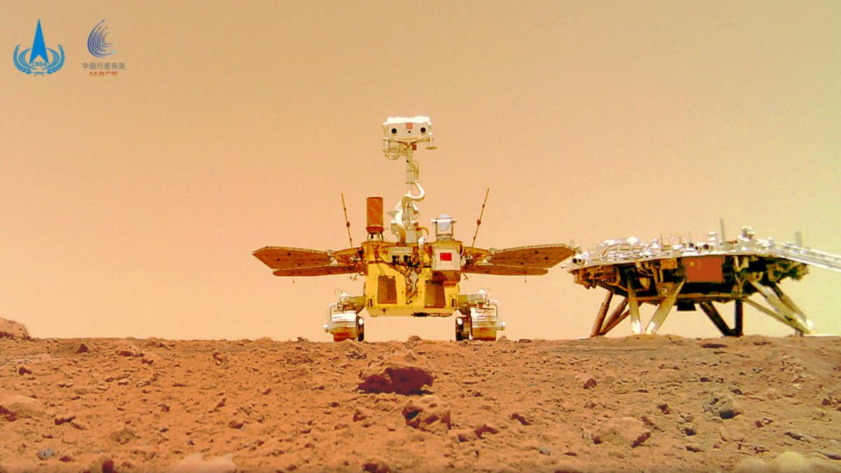 La CNSA rilascia i primi video del suo rover su Marte