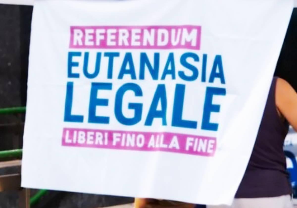 250mila le firme per il referendum sull'Eutanasia legale promosso dall'Associazione Luca Coscioni