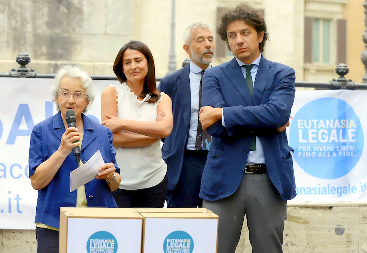 Eutanasia, un cittadino ha denunciato la ASUR Marche per aver violato il proprio diritto all'aiuto al suicidio