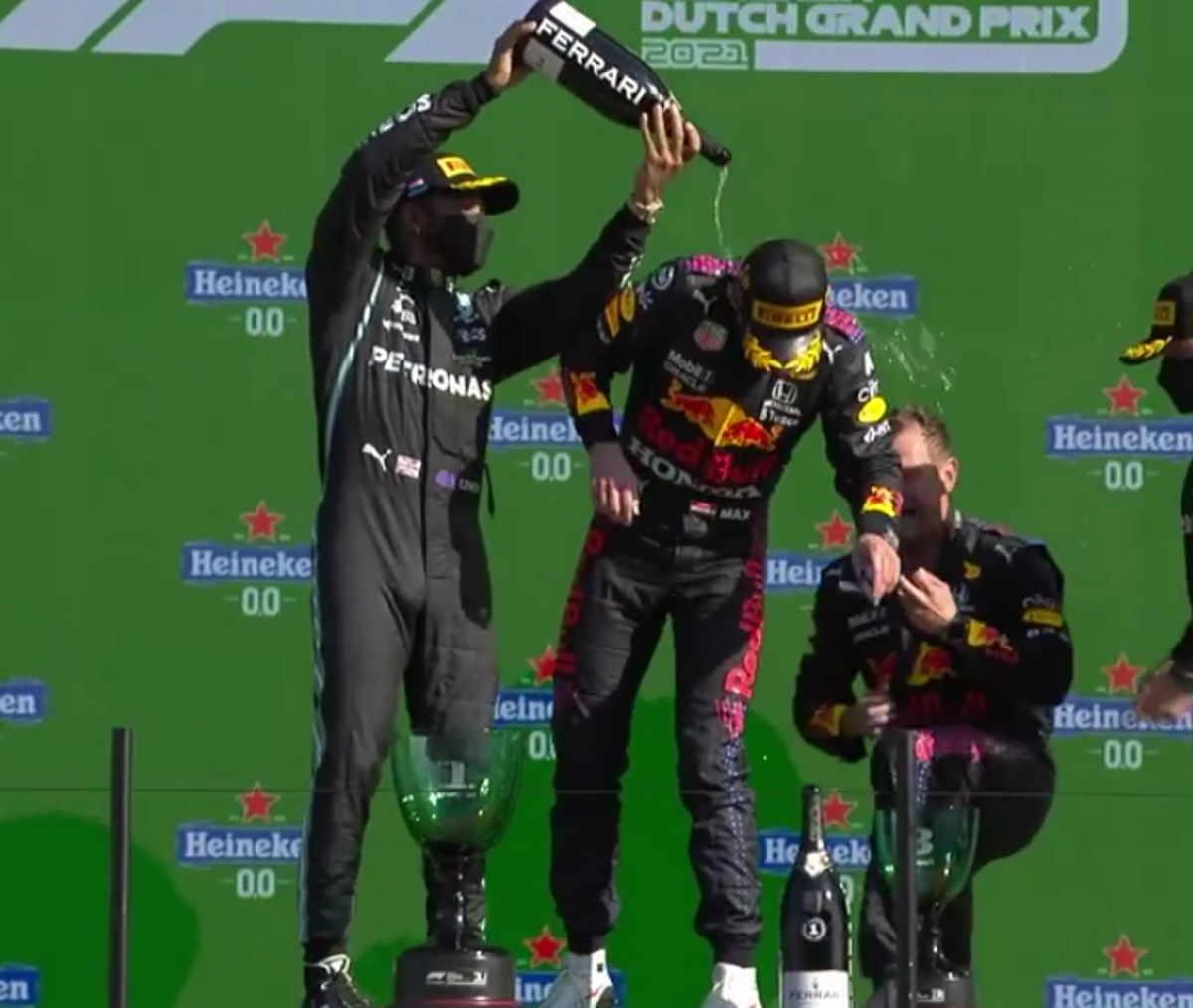 Formula 1, Verstappen vince il GP d'Olanda e si porta in testa al mondiale