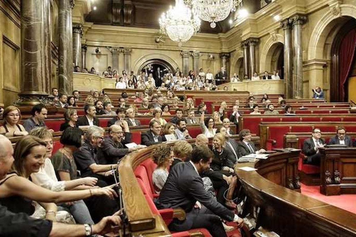 Lunedì 9 ottobre il Parlamento catalano si riunirà per discutere la dichiarazione unilaterale d'indipendenza