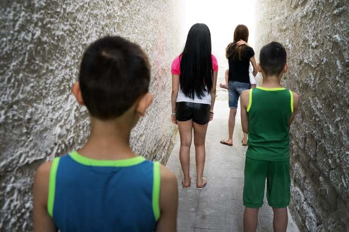 L'Italia sognata da Renzi e quella vera illustrata da Save the Children