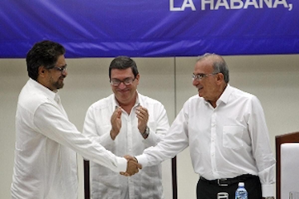 COLOMBIA SPIRAGLIO DI PACE - Siglato accordo dopo 50 anni di guerra civile. Resta incognita sul voto popolare.