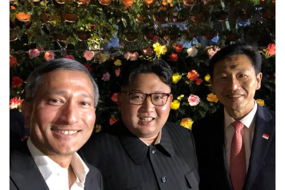 Kim Jong Un, turista per caso a Singapore in attesa di incontrarsi con Trump