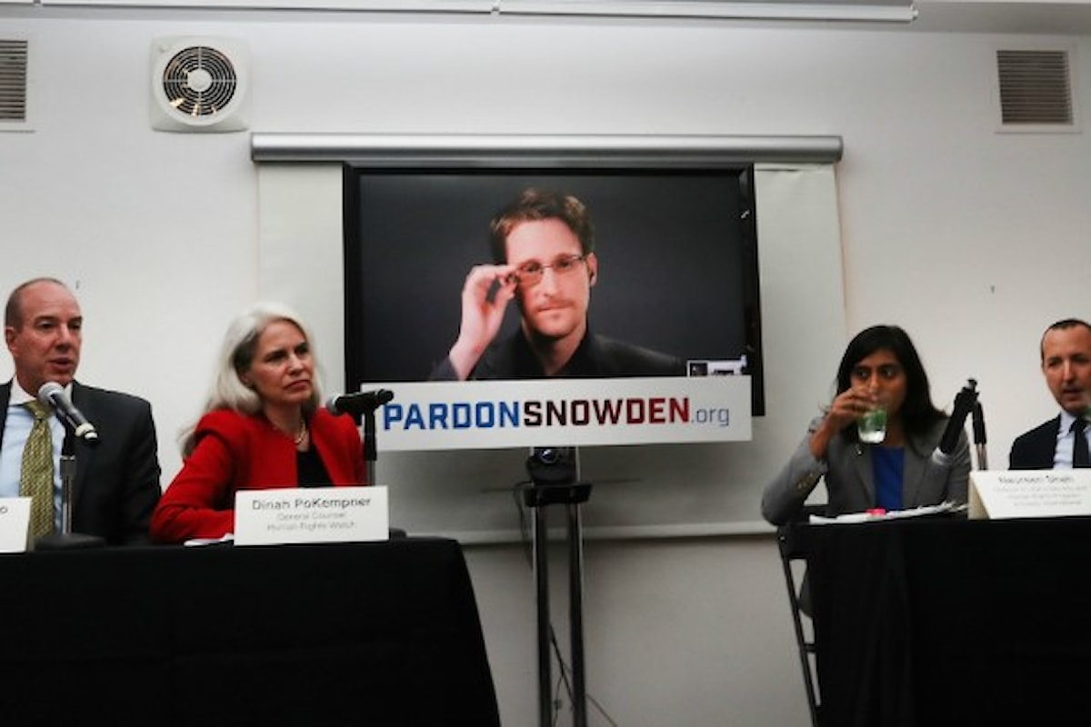 Partita la campagna per indurre Obama a concedere la grazia a Edward Snowden