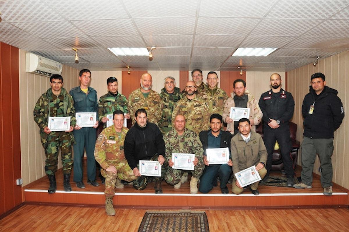 Afghanistan, militari della Brigata Sassari abilitano 12 istruttori polizia afgana a soccorso sanitario d'emergenza