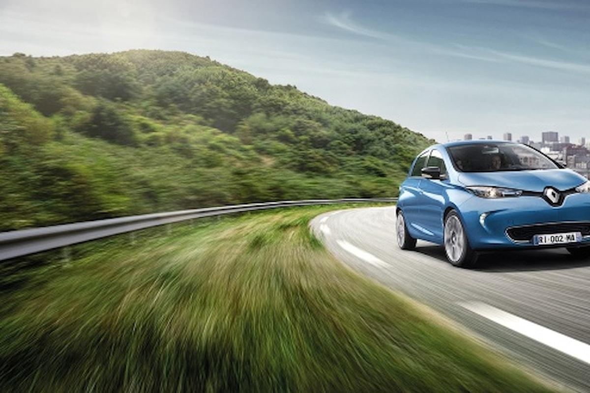 La piccola auto elettrica ZOE a quota 1000 nel nostro Paese!
