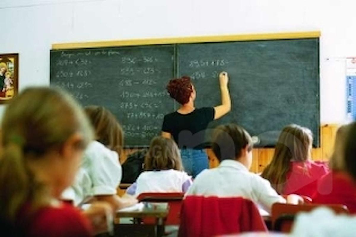 Maestra licenziata perché ha il diploma, succede a Salerno