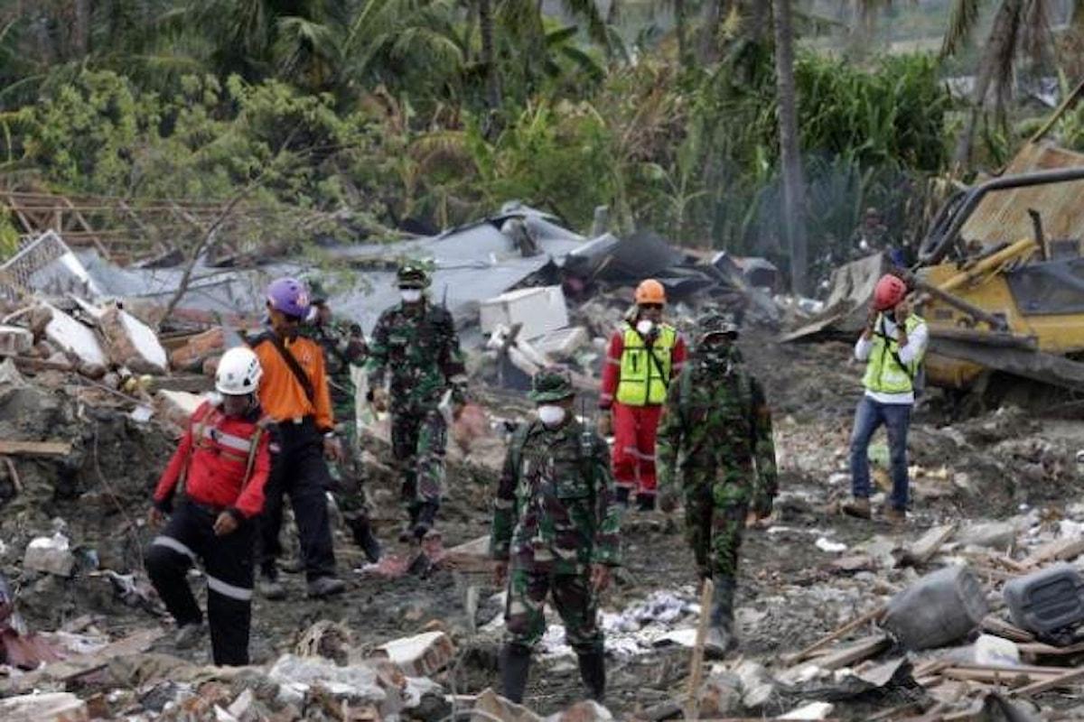 Le autorità indonesiane sospendono le ricerche dei dispersi a Sulawesi, probabili 1500 bambini tra le vittime