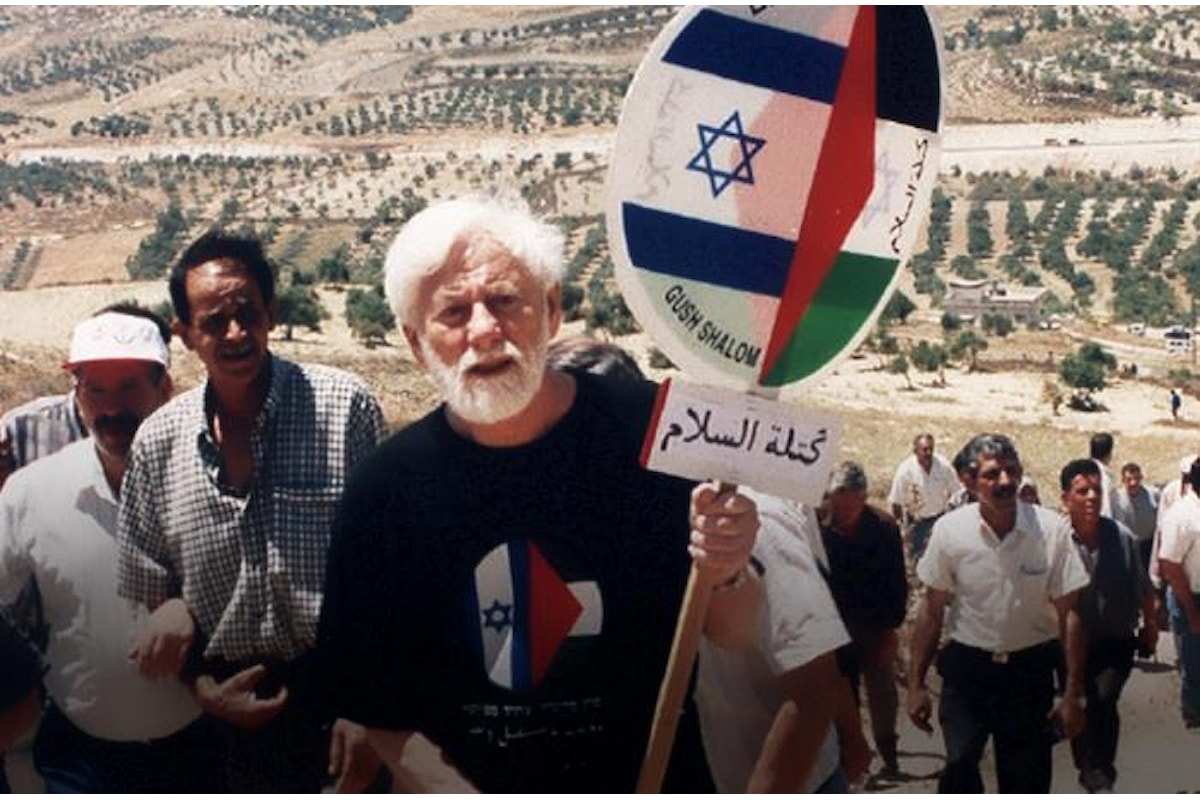 Gush Shalom dice addio al suo fondatore, Uri Avnery muore a Tel Aviv all'età di 94 anni