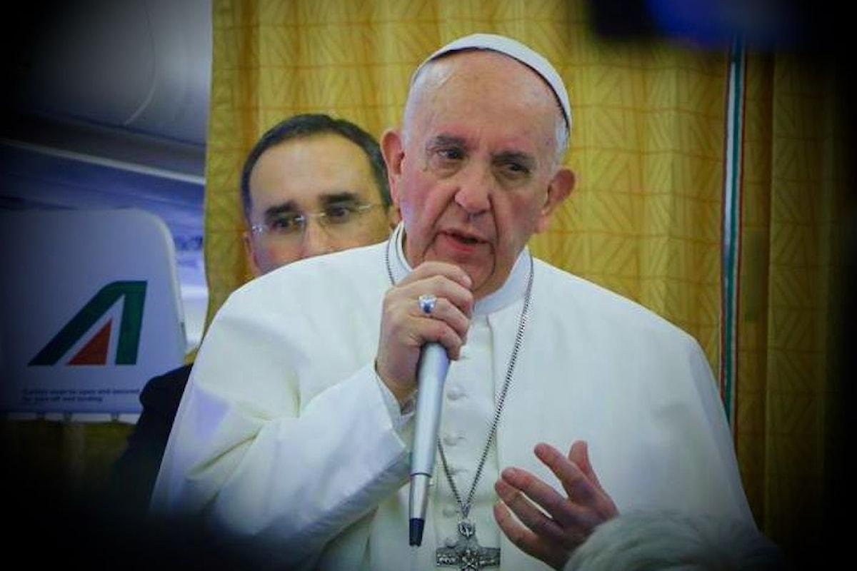 Che cosa ha detto il Papa nella conferenza stampa durante il viaggio di ritorno dall'Egitto